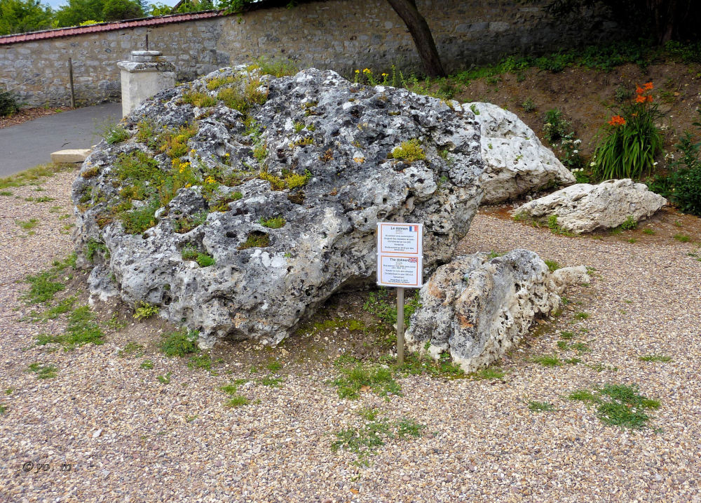 Le dolmen  # 2