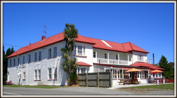 The Rakaia Hotel, Canterbury, NZ