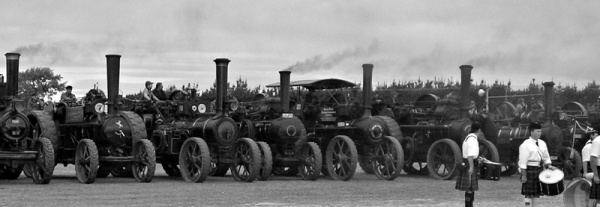 Parade Of Traction Engines