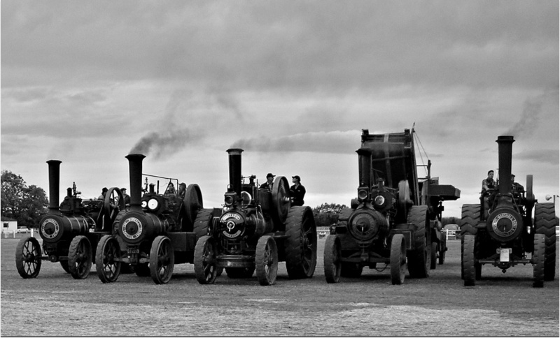 Traction Engines And The Old Mill