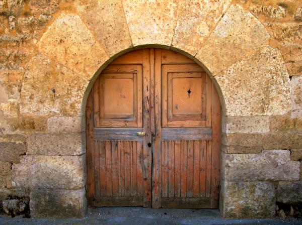 Door in Hornillos, Spain
