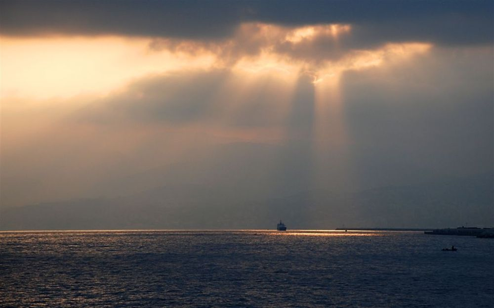La lumière fut sur la mer comme au ciel