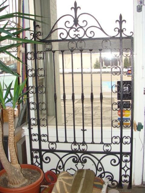 iron cast gate