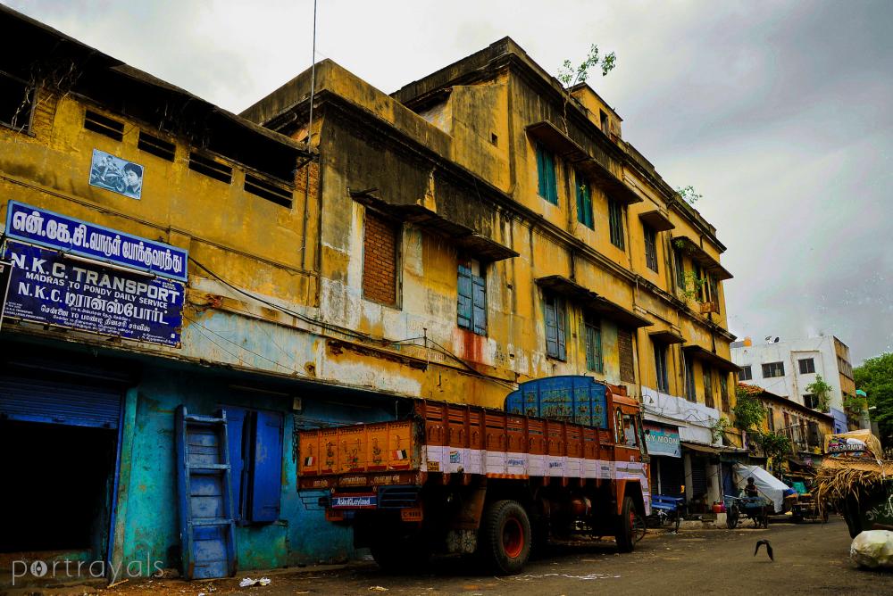 Streets of Parrys - Vegetable market