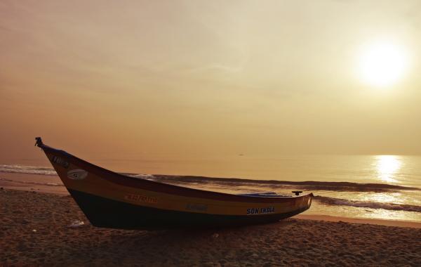 Chennai Marina Beach boat sunrise
