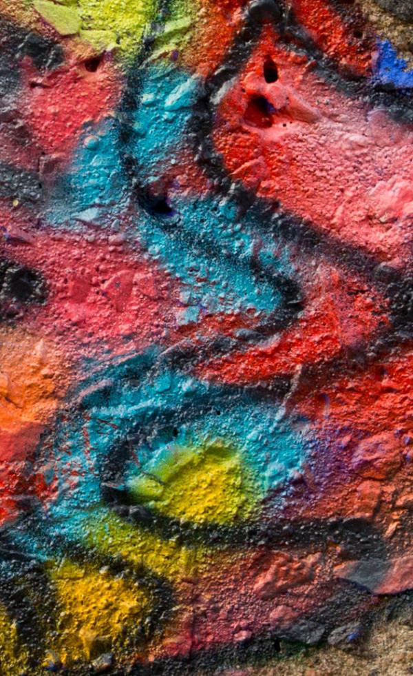 Close up of painted bird graffitti
