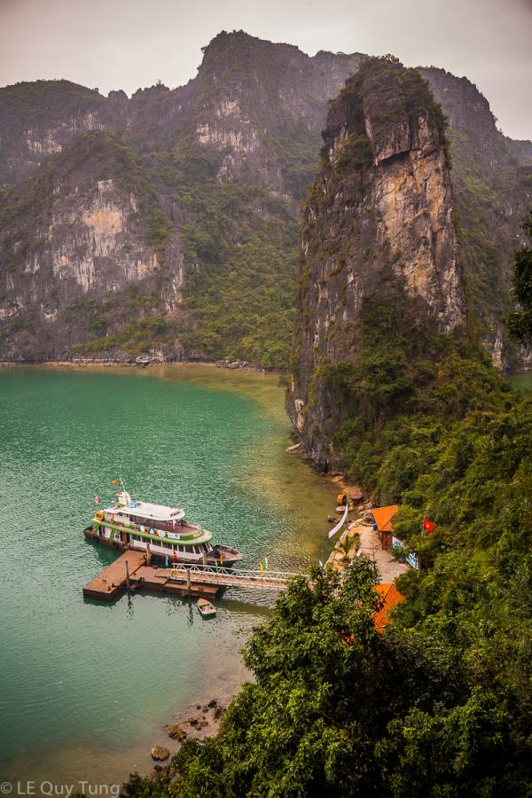 Little port In Ha Long