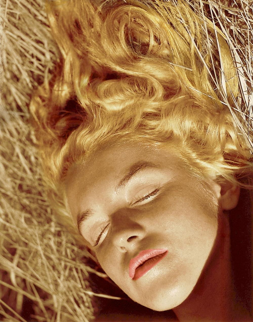 Marilyn by Andre De Dienes