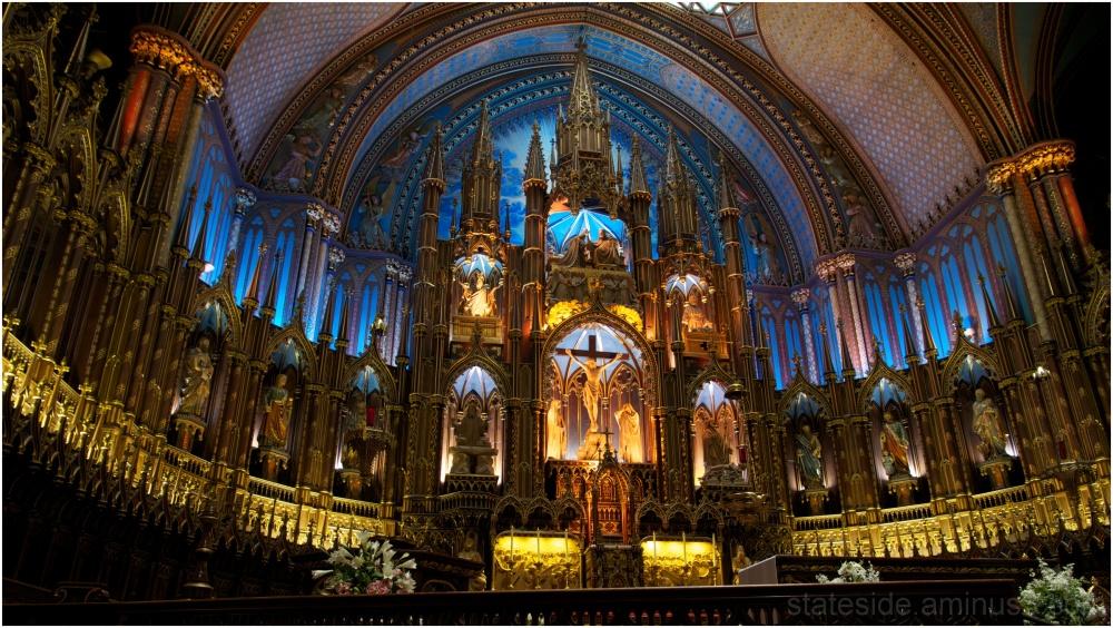Inside Basilique Notre-Dame de Montreal
