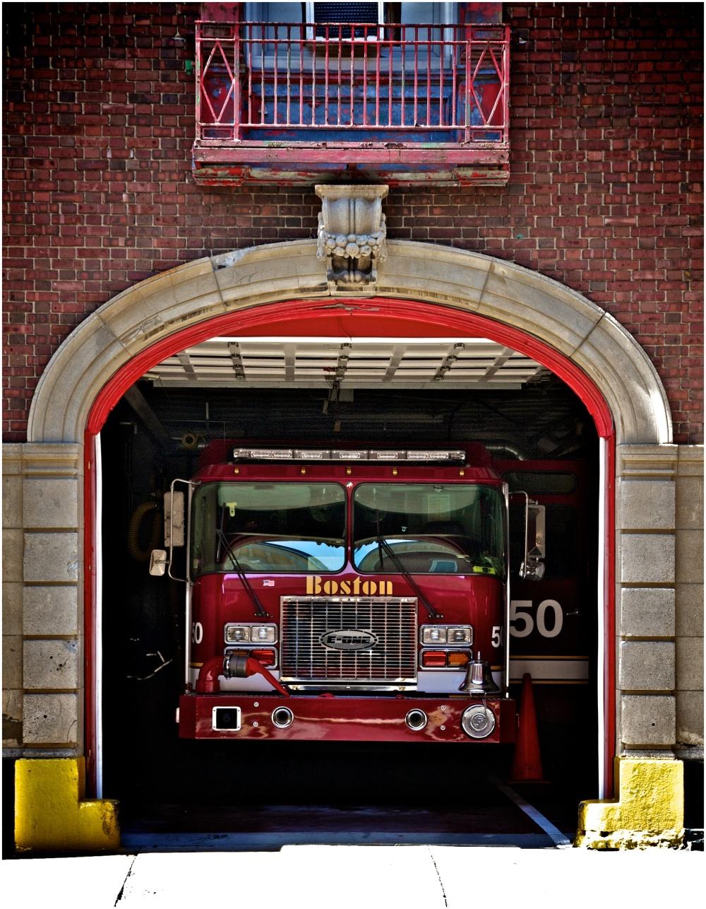 Boston Fire Department, Engine 50 Charlestown