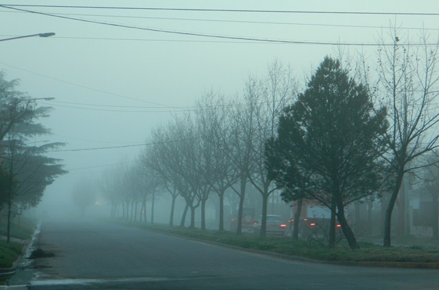 Mañana de invierno con bruma en mi ciudad.