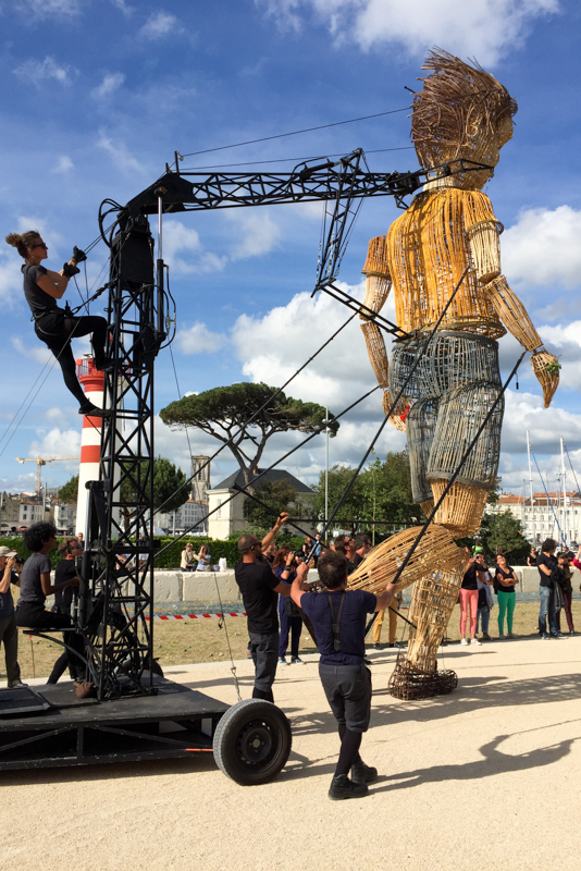 Une machine Royal de Luxe à La rochelle