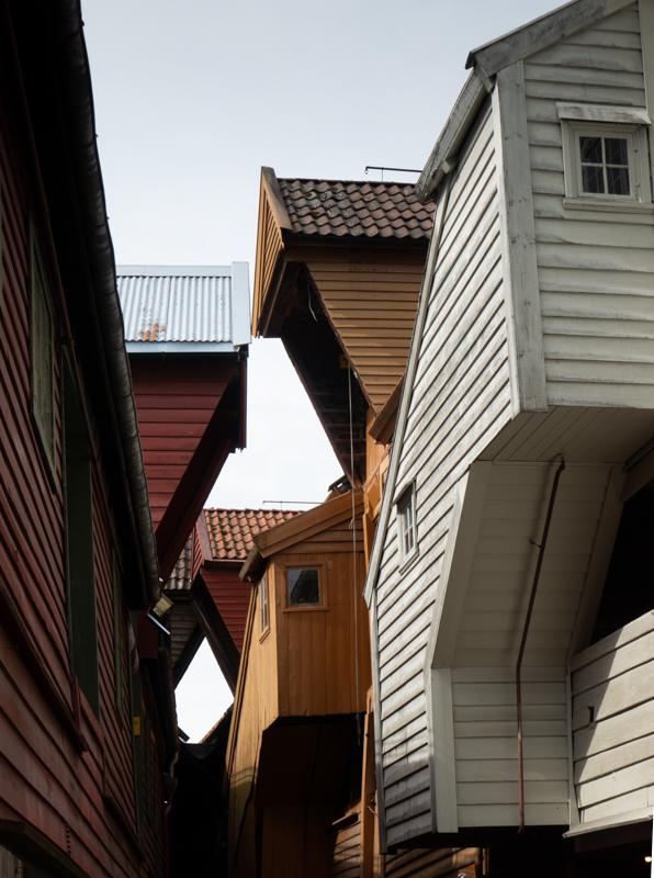 Bergen et ses enchevêtrements architecturaux