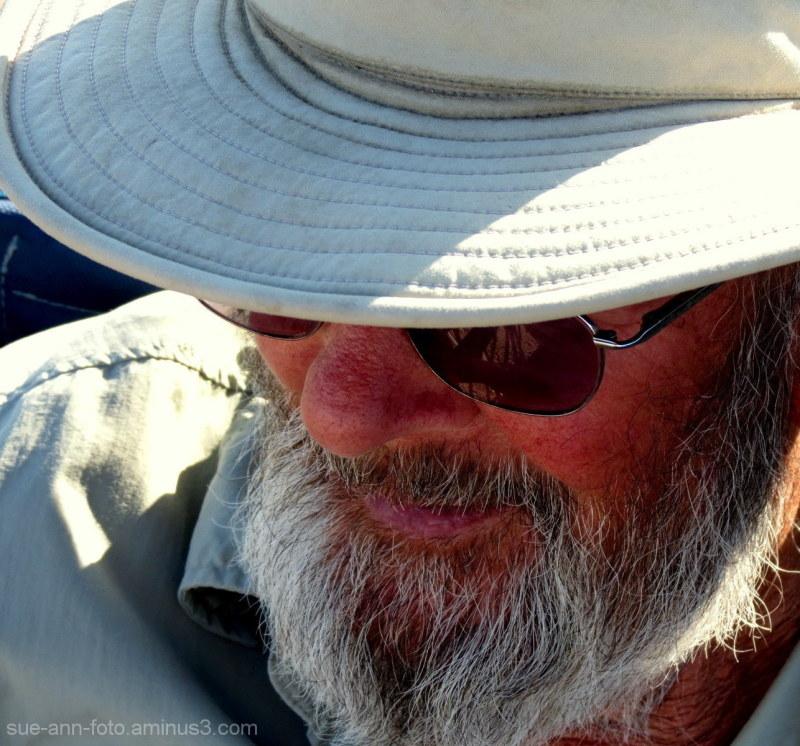 l'homme au chapeau - man with hat