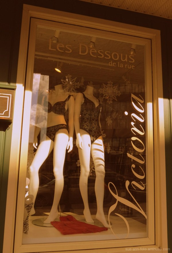 les dessous de la rue - street underwears