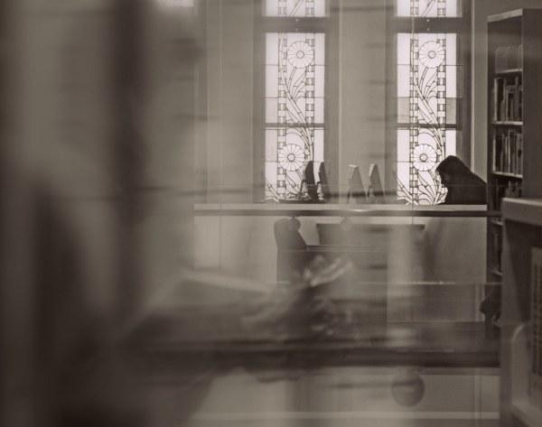 à la biblio - at the library