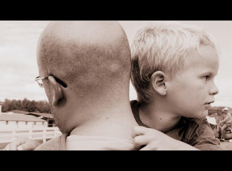 l'enfant blond - blond little guy