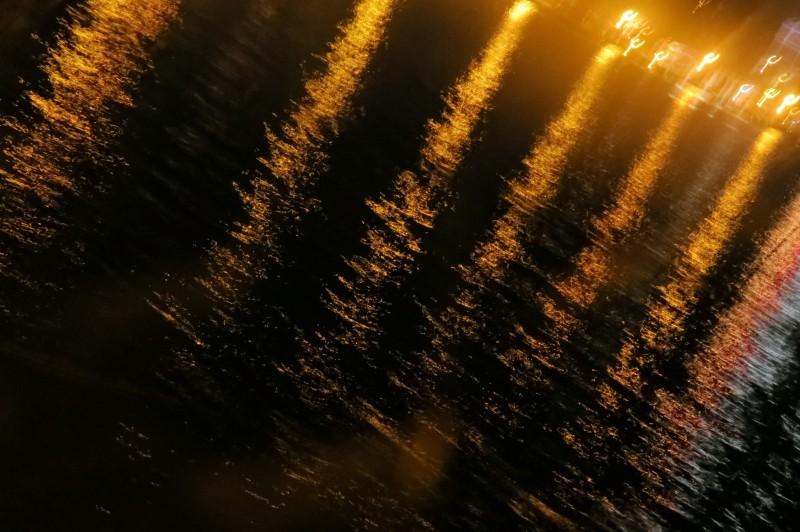lumières sur le lac - lights on the lake