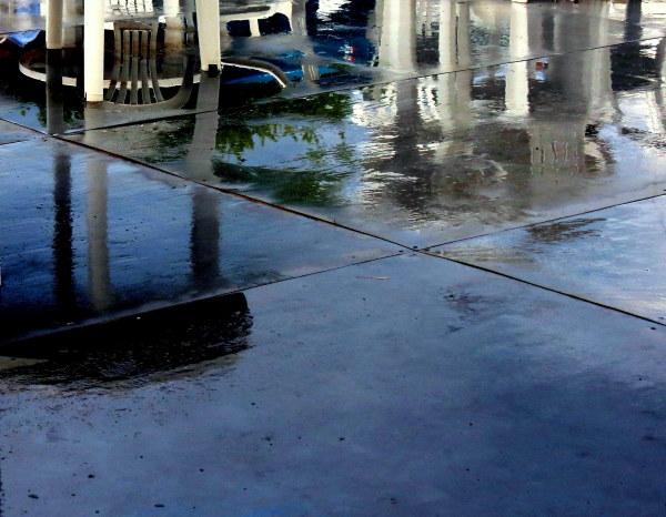 terrasse sous la pluie - terrace under rain