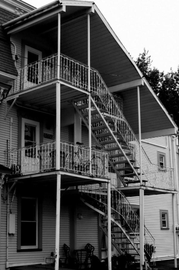 la petite maison aux escaliers