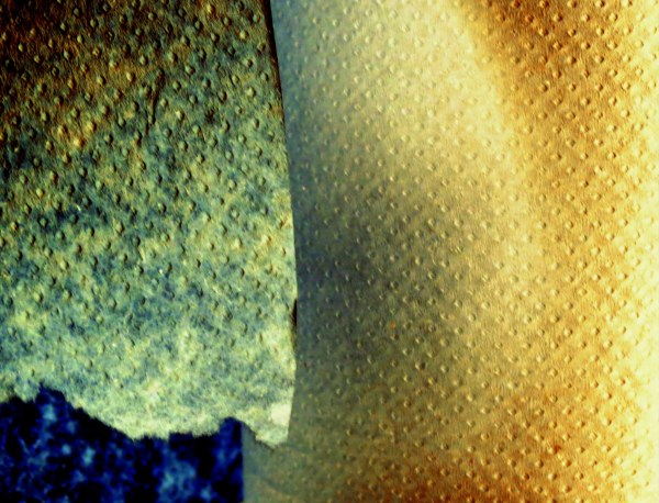 pierres texturéesn ou les petits trous