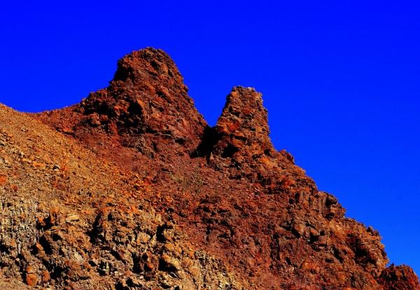 les deux pointes dans le ciel bleu d'Arizona