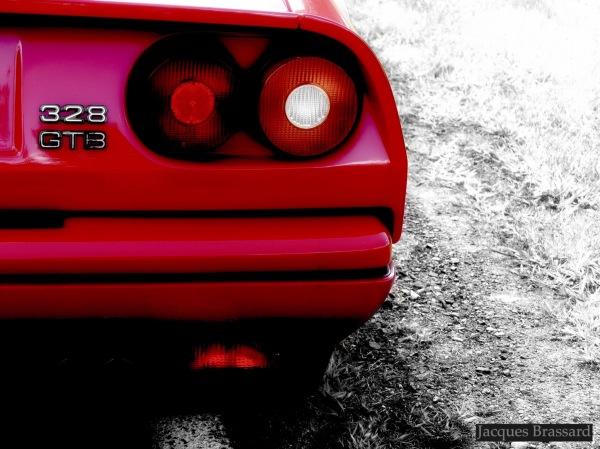 typiques feux arrière Ferrari Collector