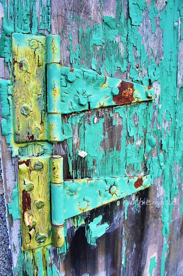 Old hinge