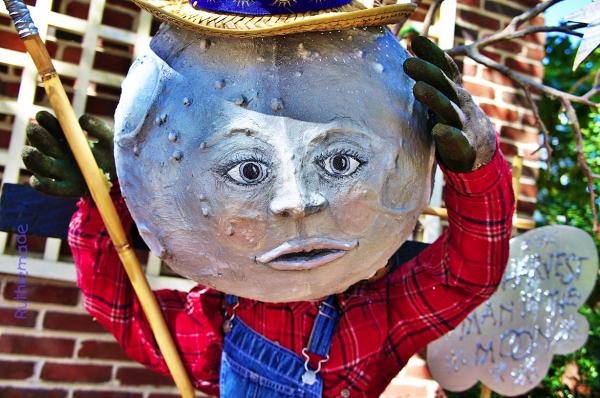 Scarecrow   Mr Moon