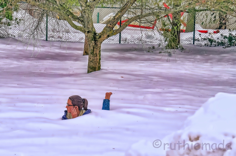 ST Snow Bathing