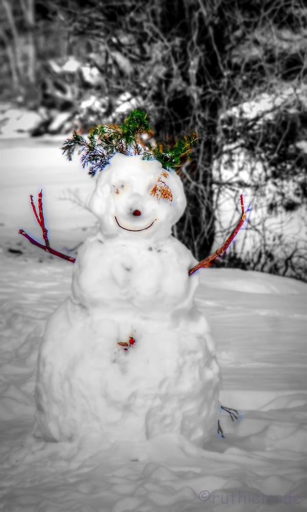 ST SMiling Snowman