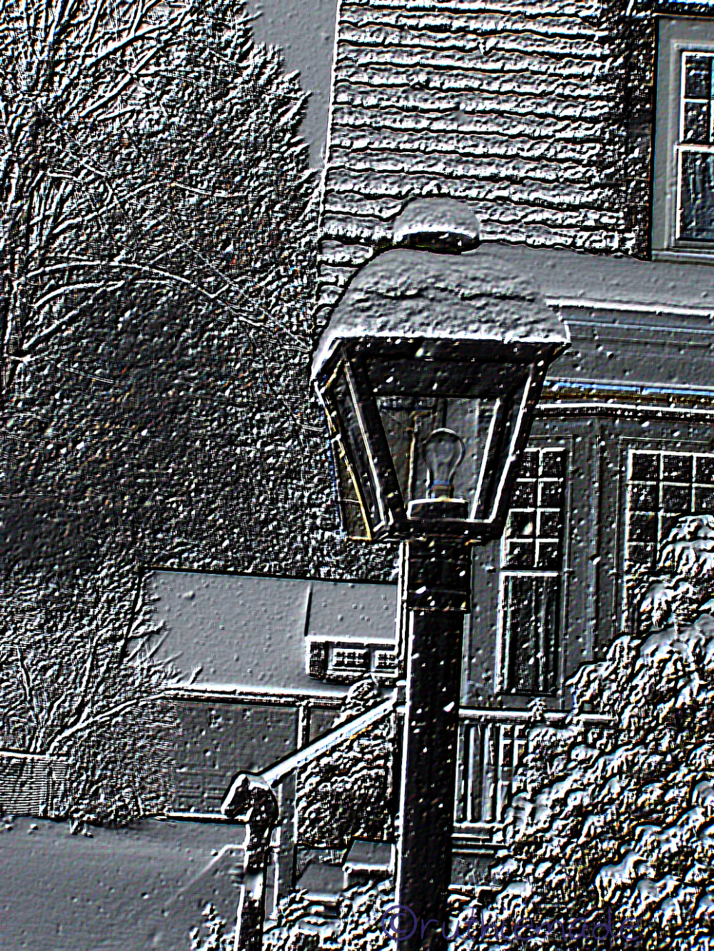 Etched lamppost