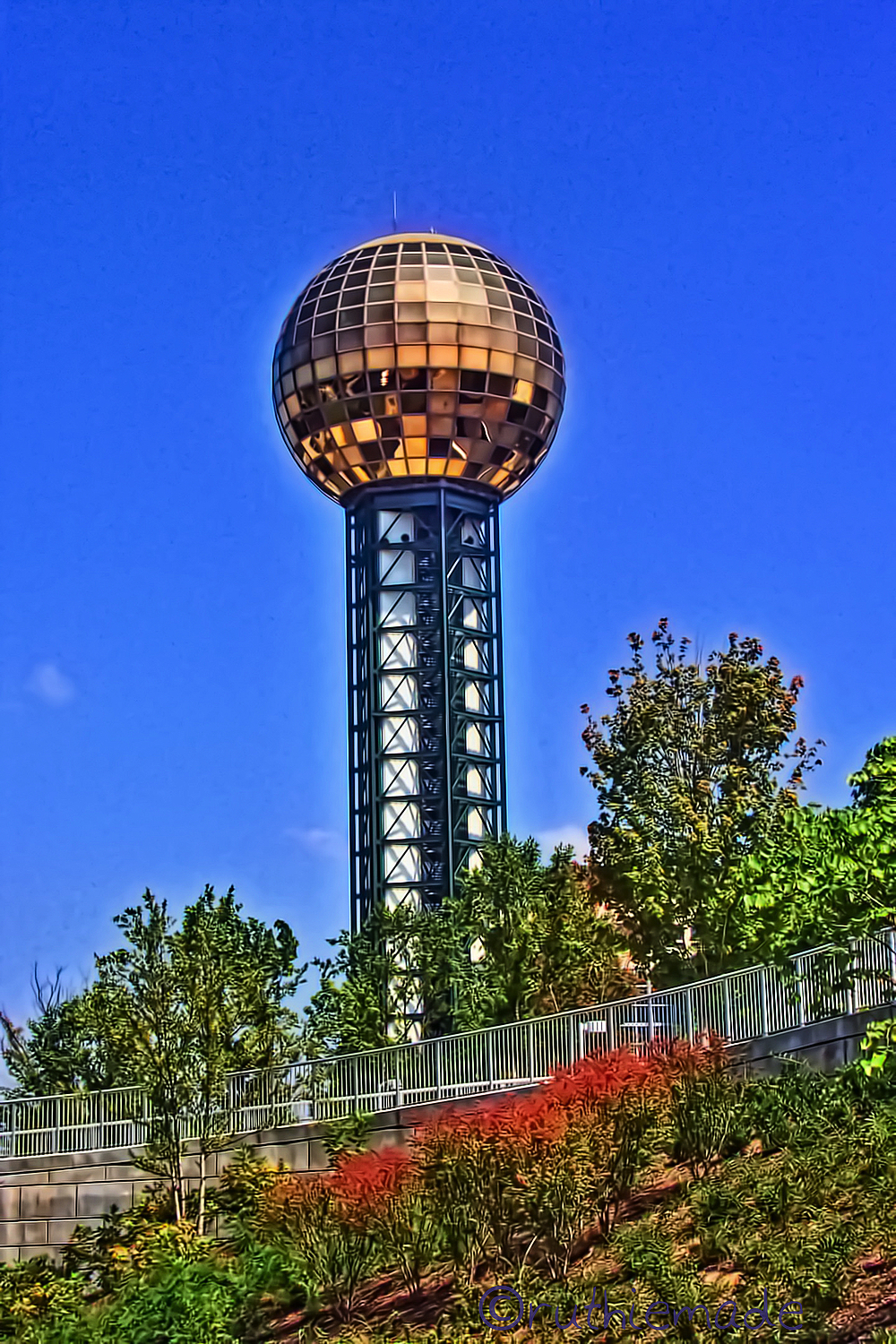 Knoxville's Golden Ball