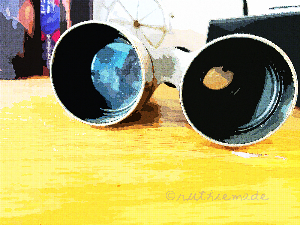 CIicle of Life Binoculars