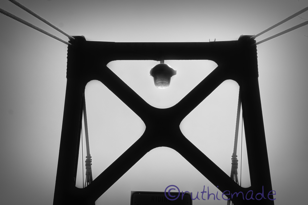 Life in B&W Bridge