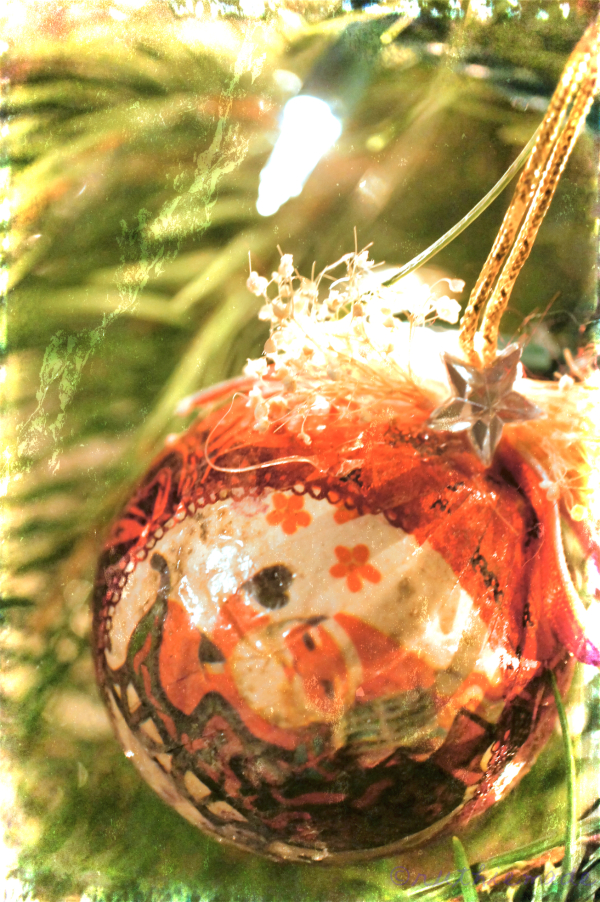 OLd fashioned handmade ornament
