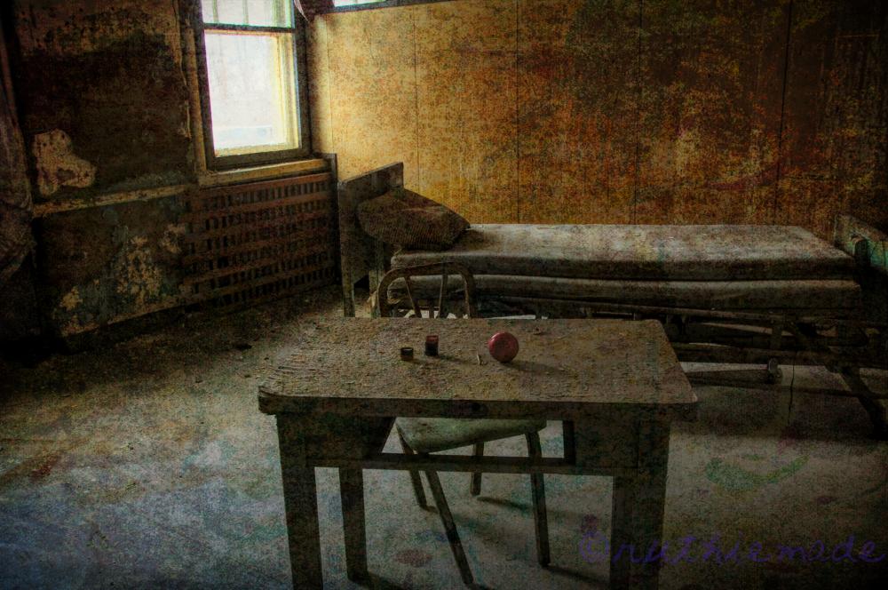 Abandoned Asylum 2/2