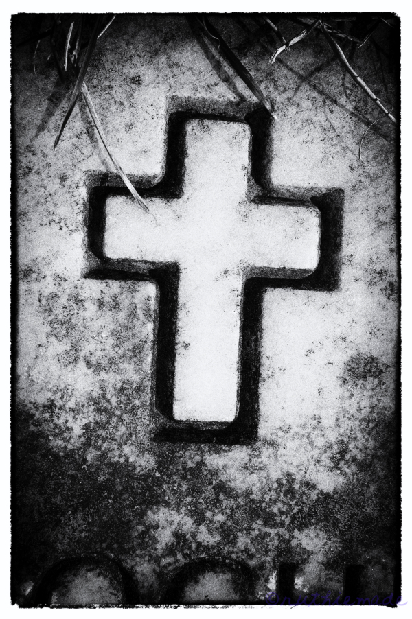 BW Cross