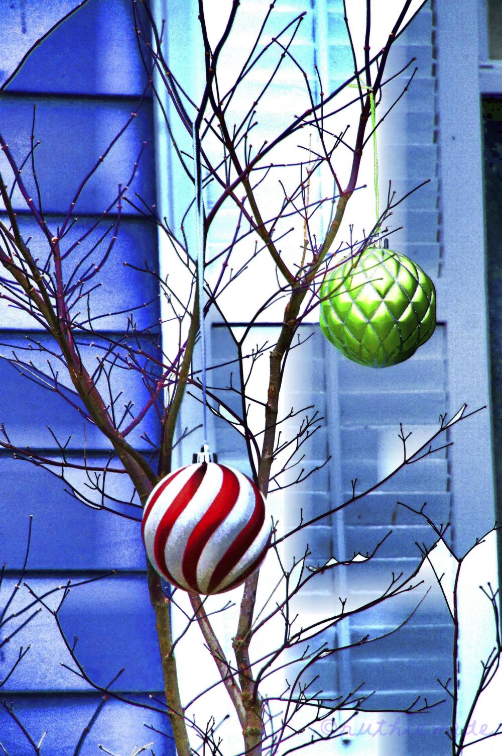 Ornaments Memory