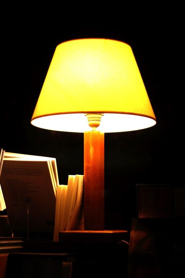 lampe, déco, lampe déco, urbex, secret, noir
