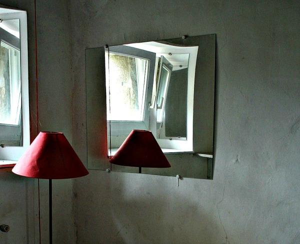 urbex, lampe,miroir, lumière, led, essence