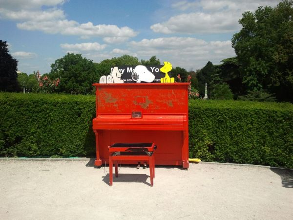 Play me I'm yours - street pianos - Parc Montsouri
