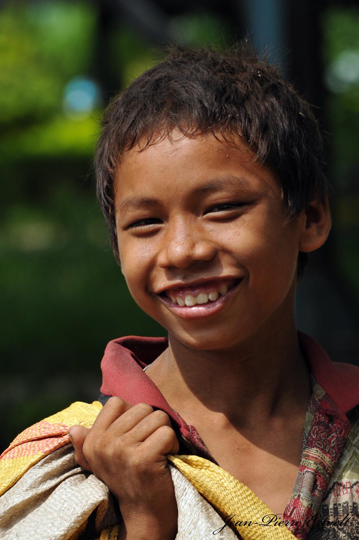 Myanmar 80