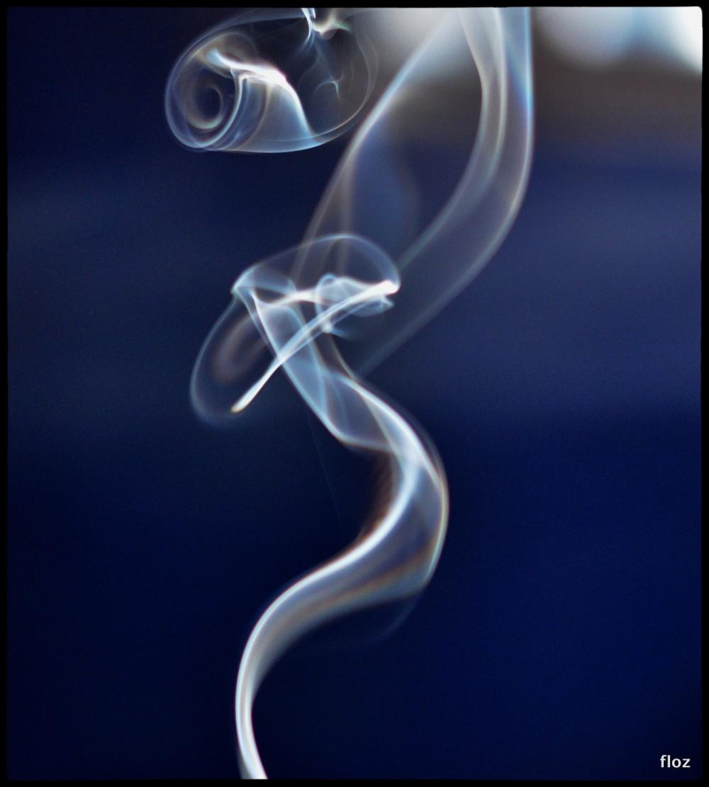 volutes partent en fumée