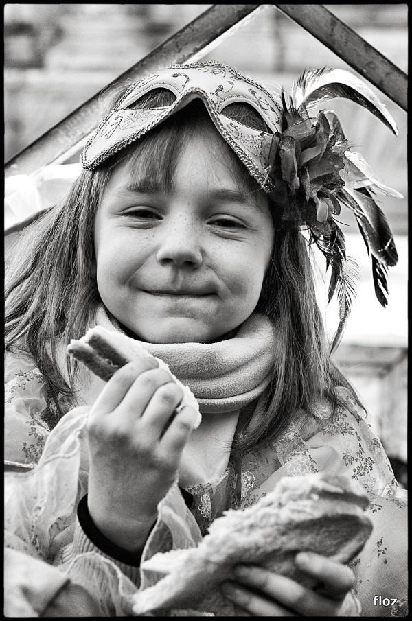 la petite princesse qui mange sa tartine