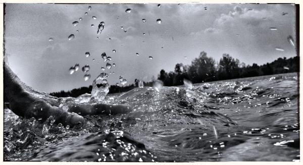 faire des ronds dans l'eau