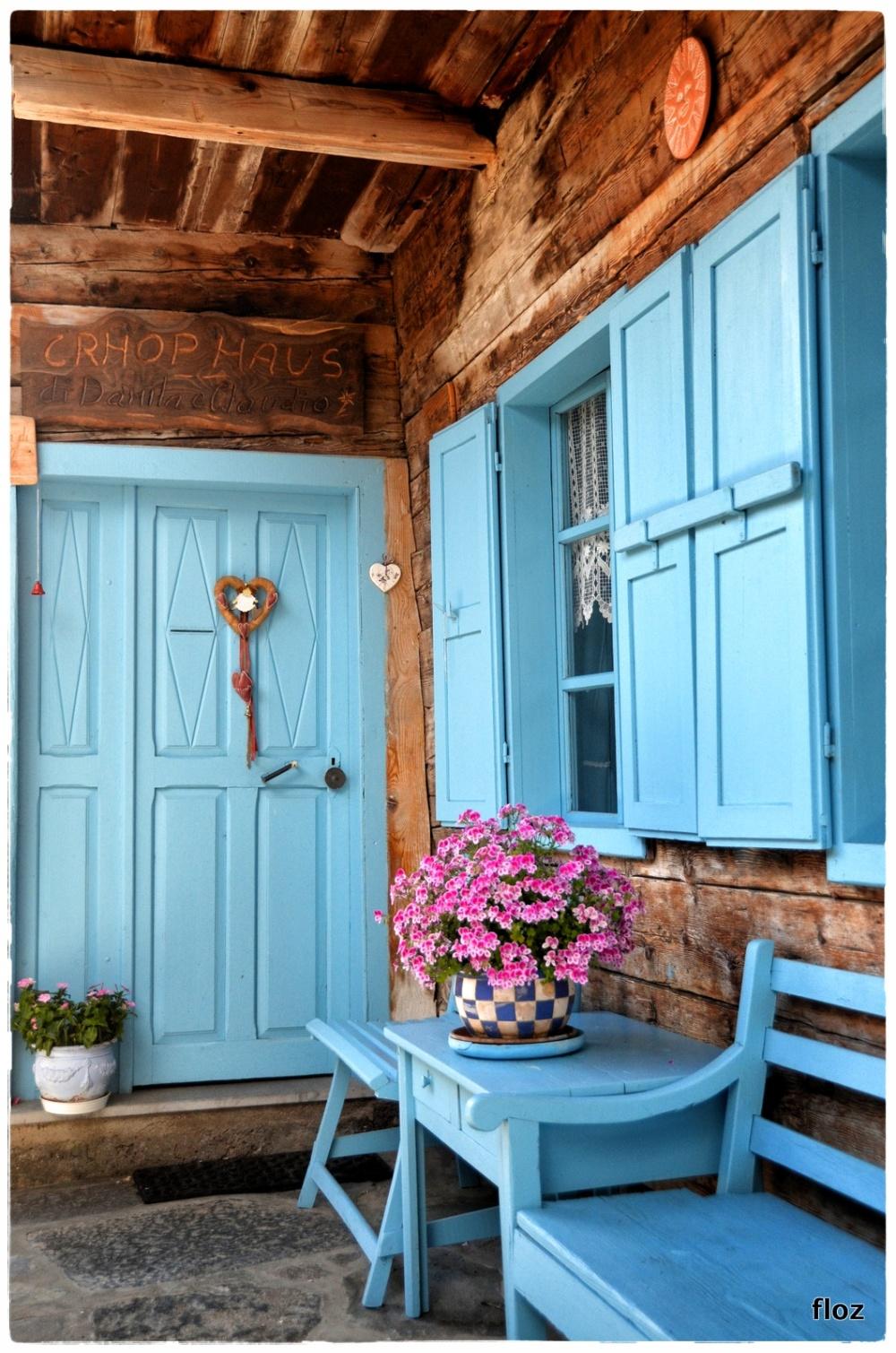 c'est une maison bleue