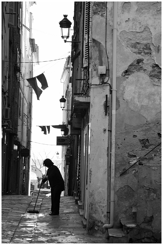 ménage de rue