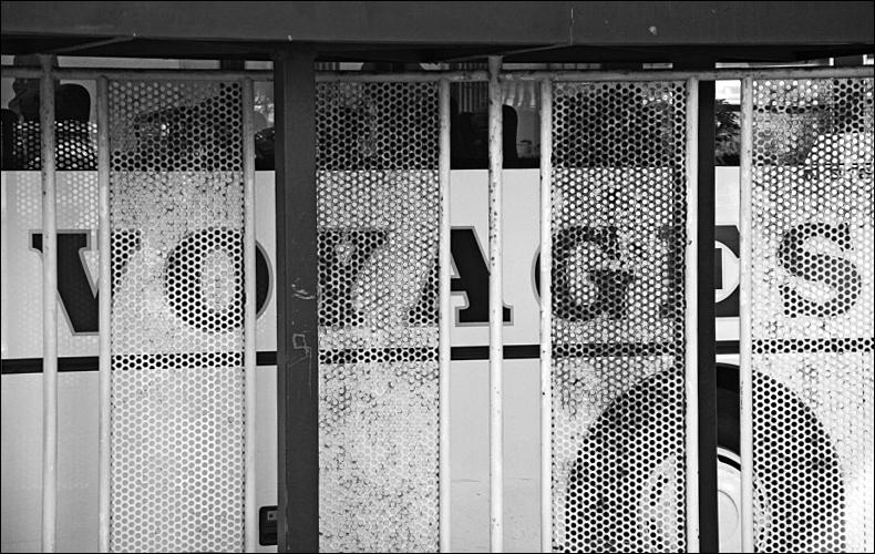 Voyages en cage