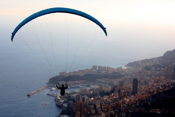 Brume au dessus de Monaco